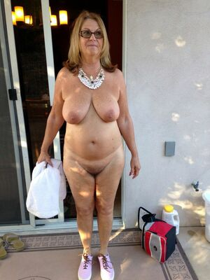 mature homemade wives