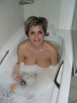 hot horny mature woman
