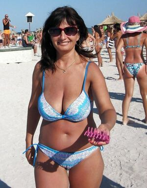 milfs on vacation