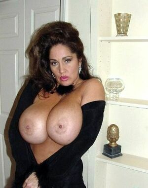 mature big tits tube