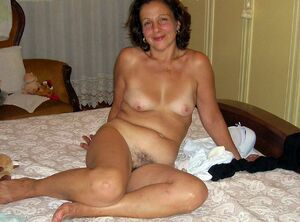 mature naked wife tumblr