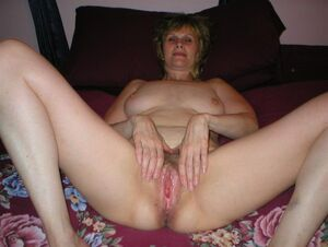 mature wife pussy