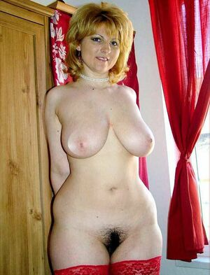hairy mature pussy pictures