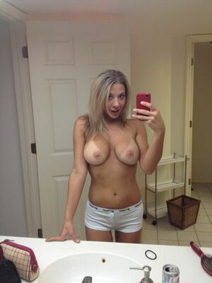 amateur hot mom pics